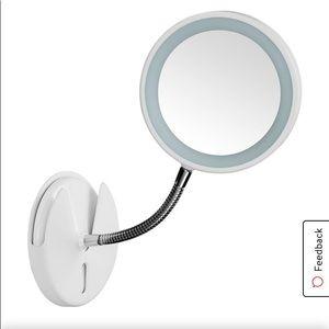 The flex mirror by Conair bn damaged box
